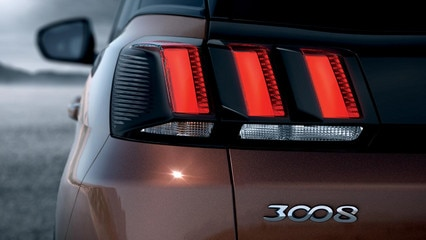 /image/49/5/peugeot-new-3008-suv-rear-lights-gallery.171495.jpg
