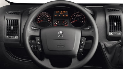 /image/65/2/peugeot-boxer-photo-interior-2-1920.173652.jpg